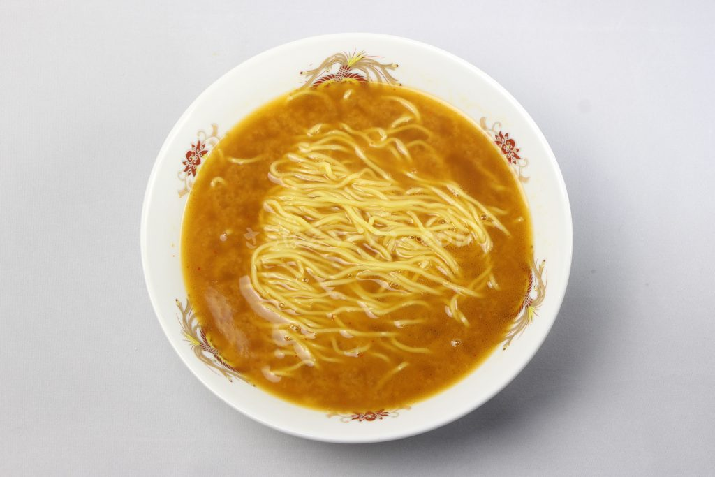 「旭川みそラーメンのよし乃本店」(藤原製麺)の完成画像