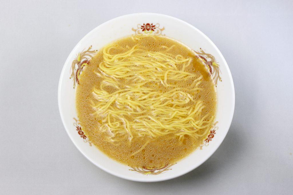 「札幌吉山商店 焙煎ごまみそらーめん」(藤原製麺)の完成画像