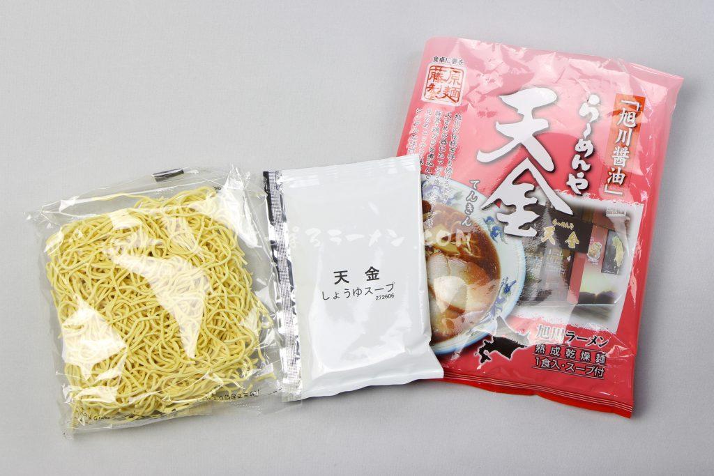 これぞ旭川ラーメンの王道「らーめんや天金旭川醤油」(藤原製麺)の麺とスープ