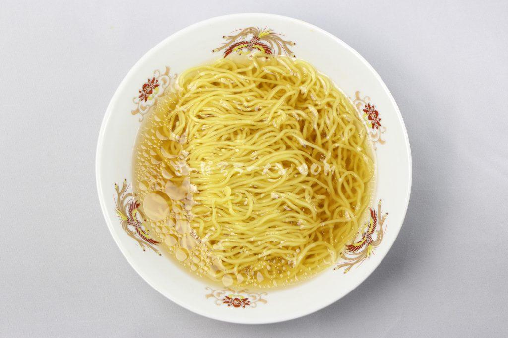 「北海道ラーメン かに三昧 しお味」(藤原製麺)の完成画像