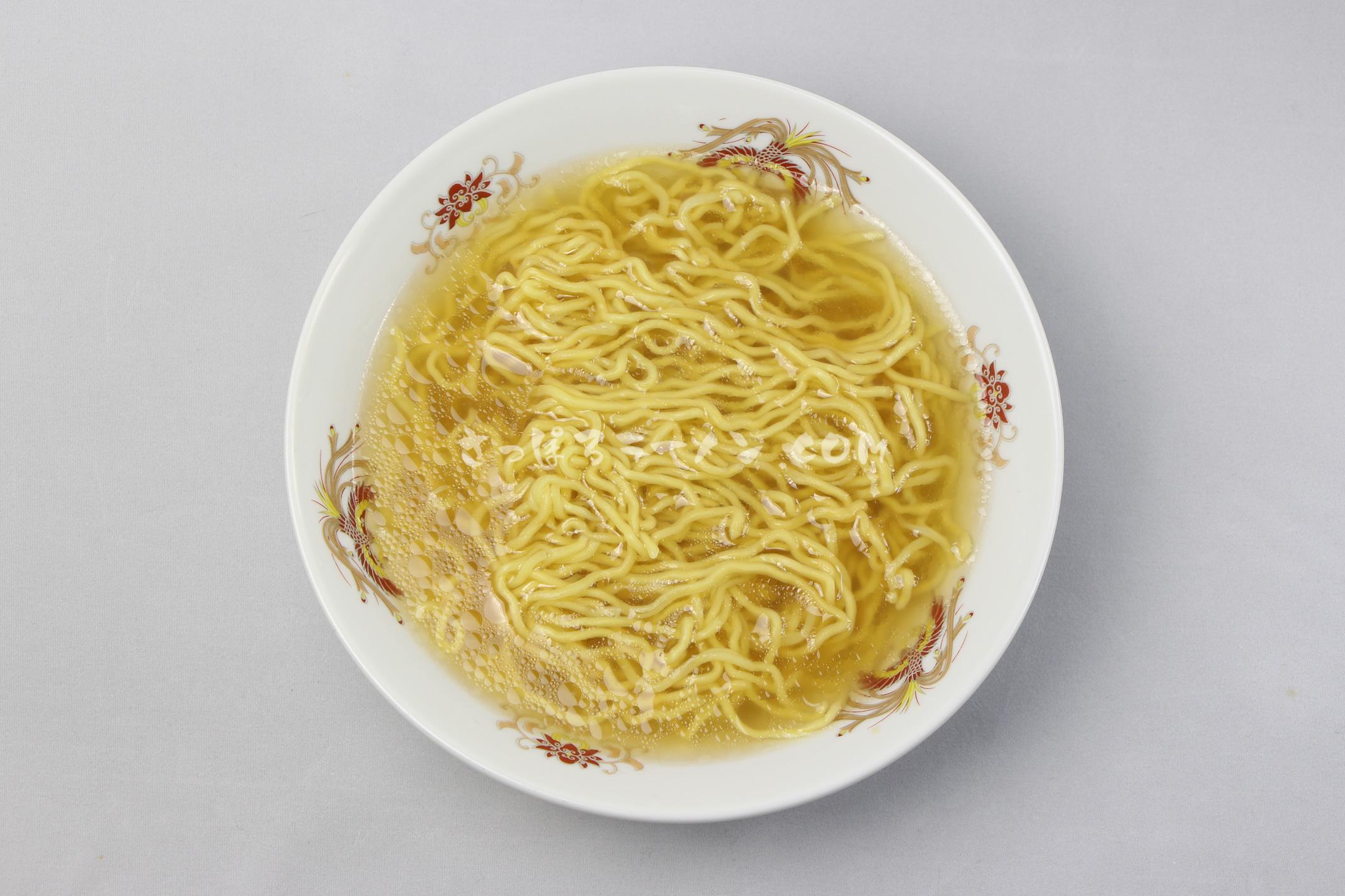 「札幌名産 西山ラーメン 乾燥 札幌 しお味(1食入)」(西山製麺)の完成画像