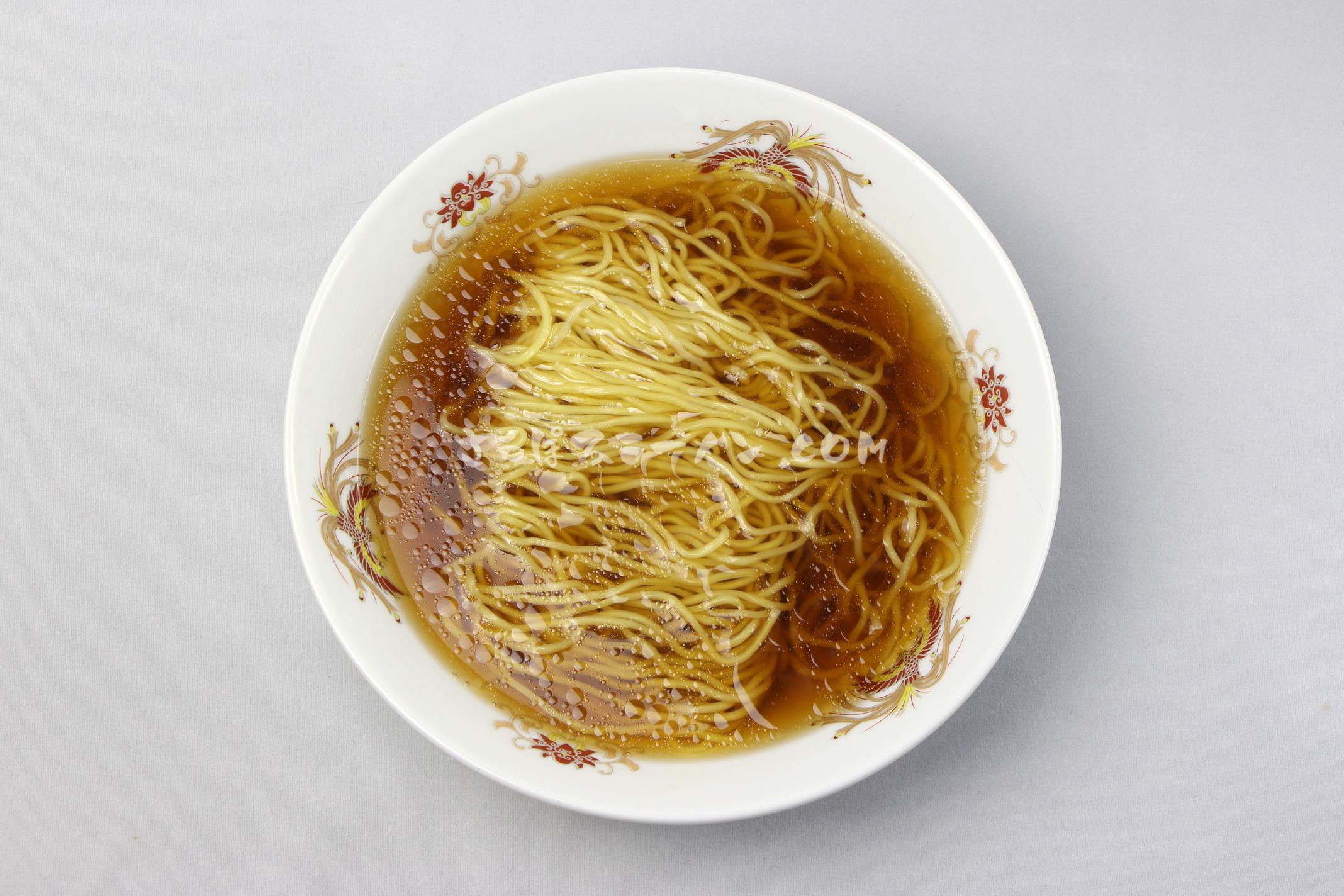 「熊出没注意ラーメン 醬油味」(藤原製麺)の完成画像
