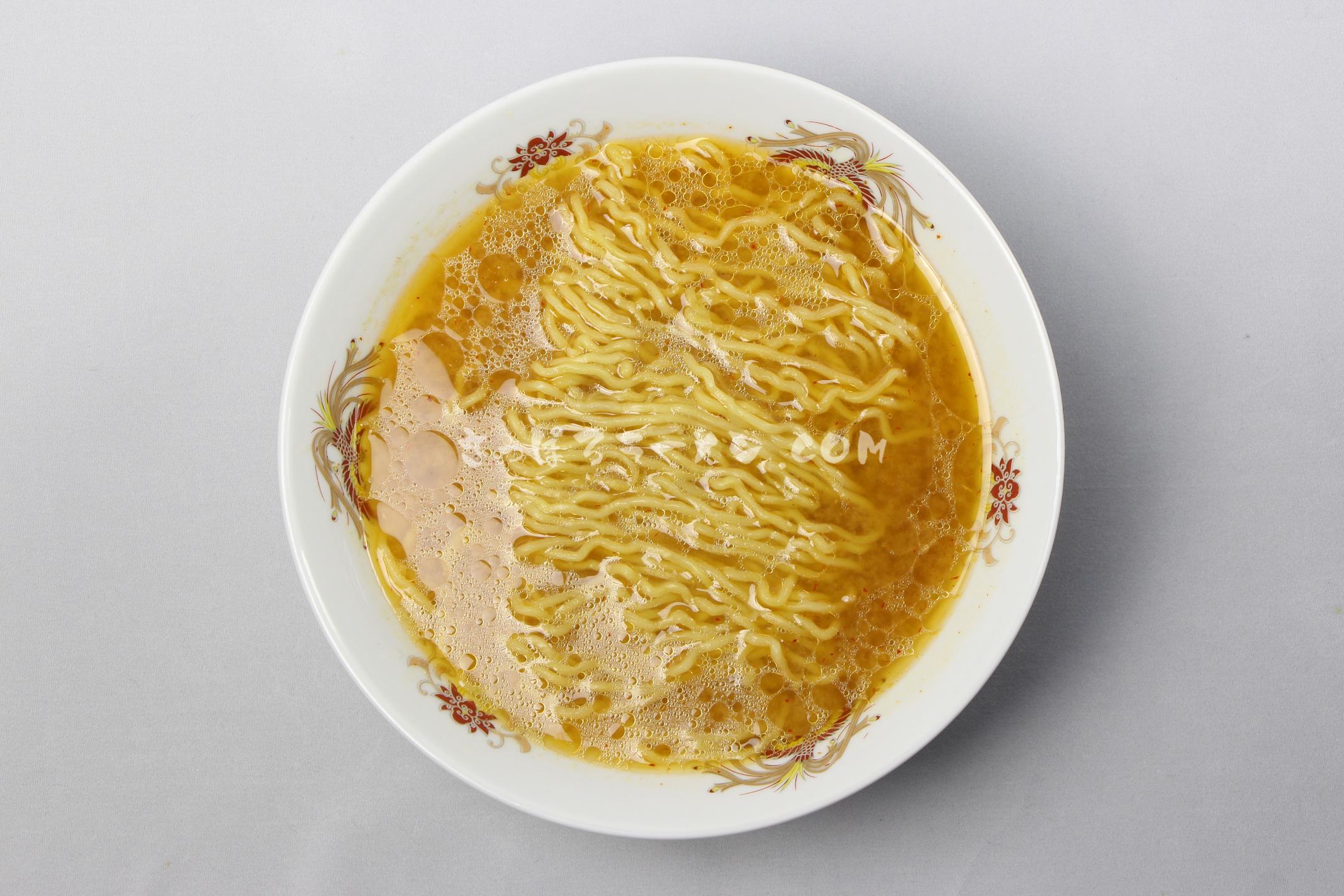 「氷温乾燥ラーメン 玄咲 みそ味」(創和)の完成画像