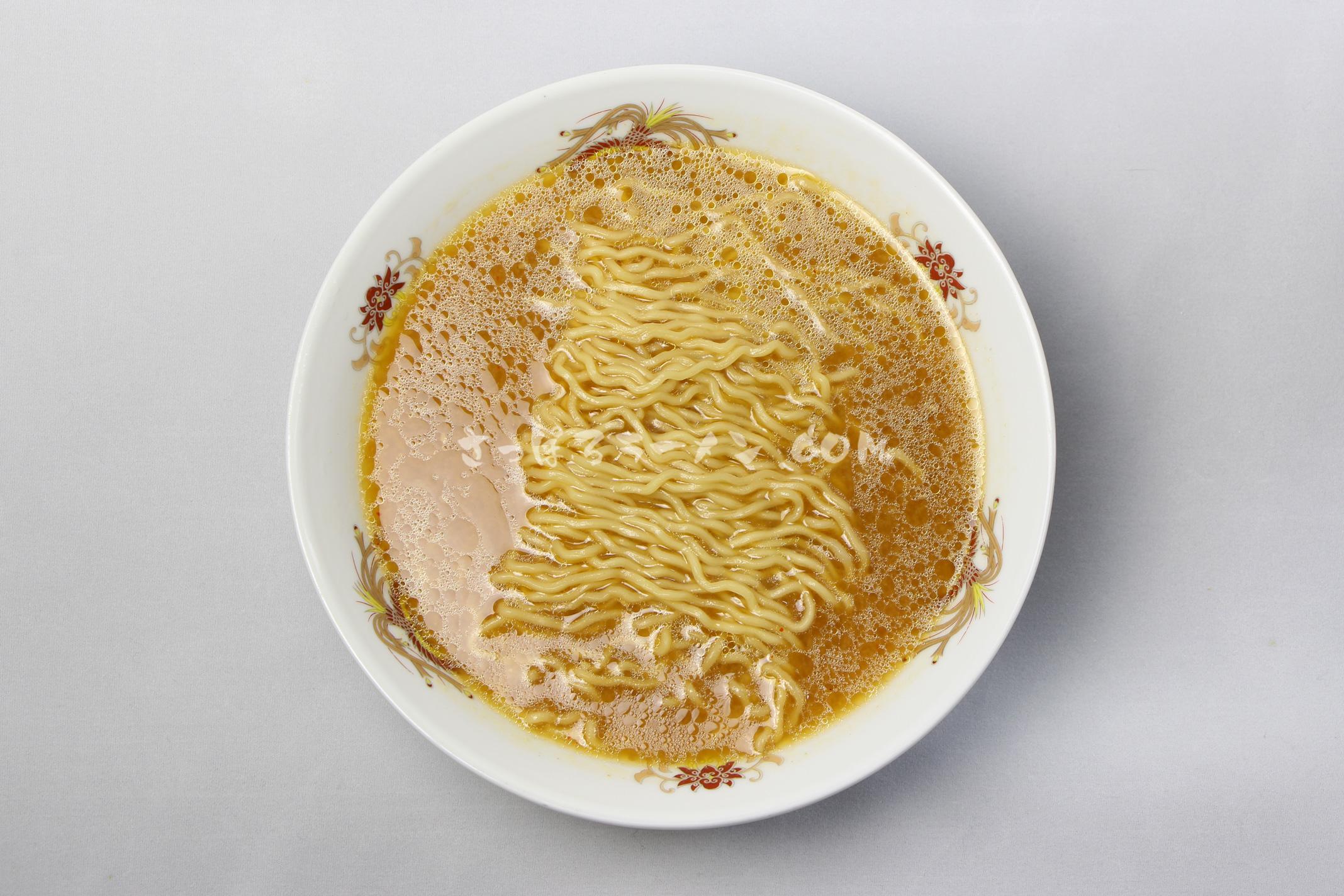 「ふらのラーメン(みそ味)」(佐々木製麺所)の完成画像