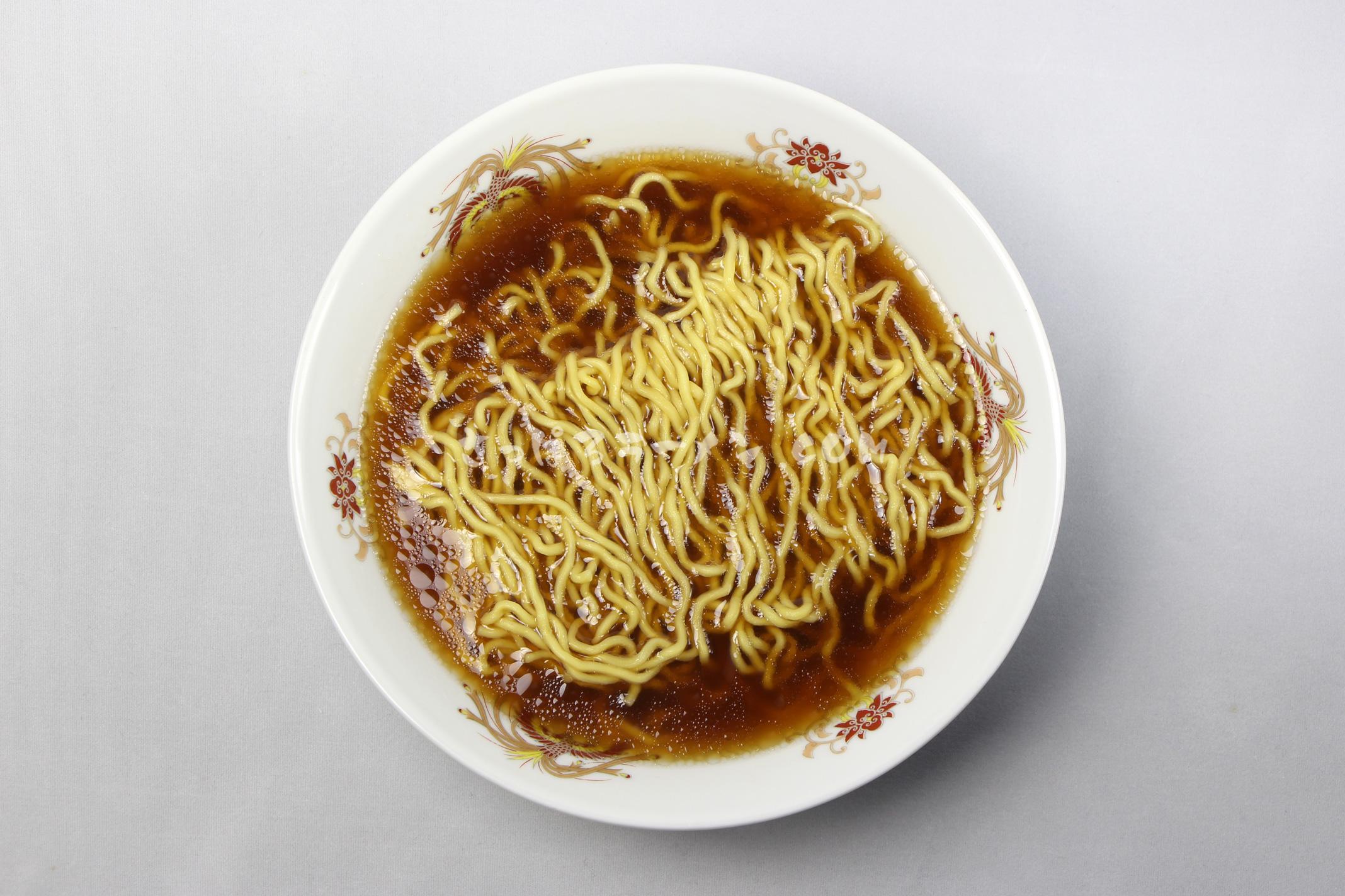 「札幌名産 西山ラーメン 乾燥 札幌 しょうゆ味(1食入)」(西山製麺)の完成画像