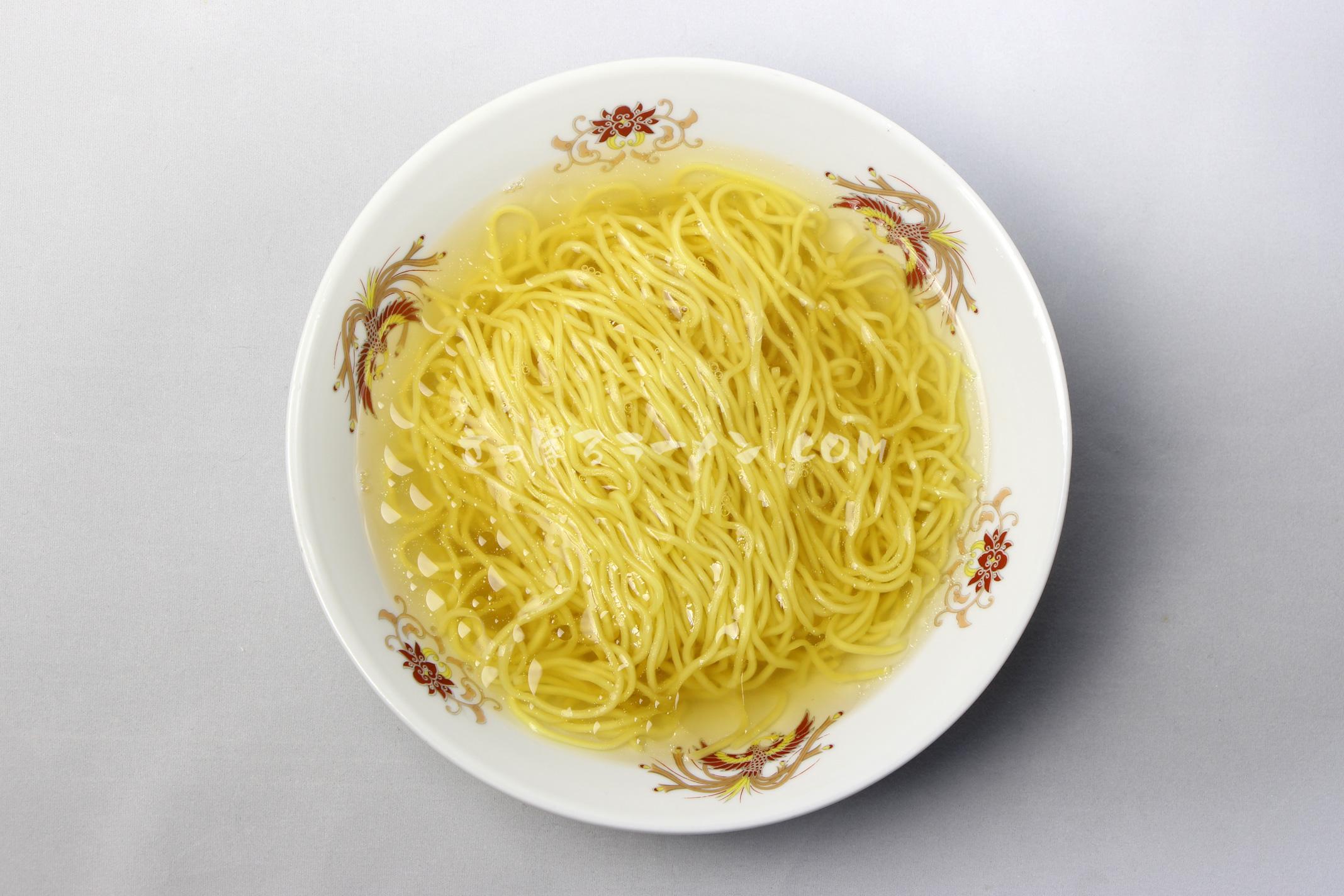 「北海道ラーメン函館塩」(藤原製麺)の完成画像