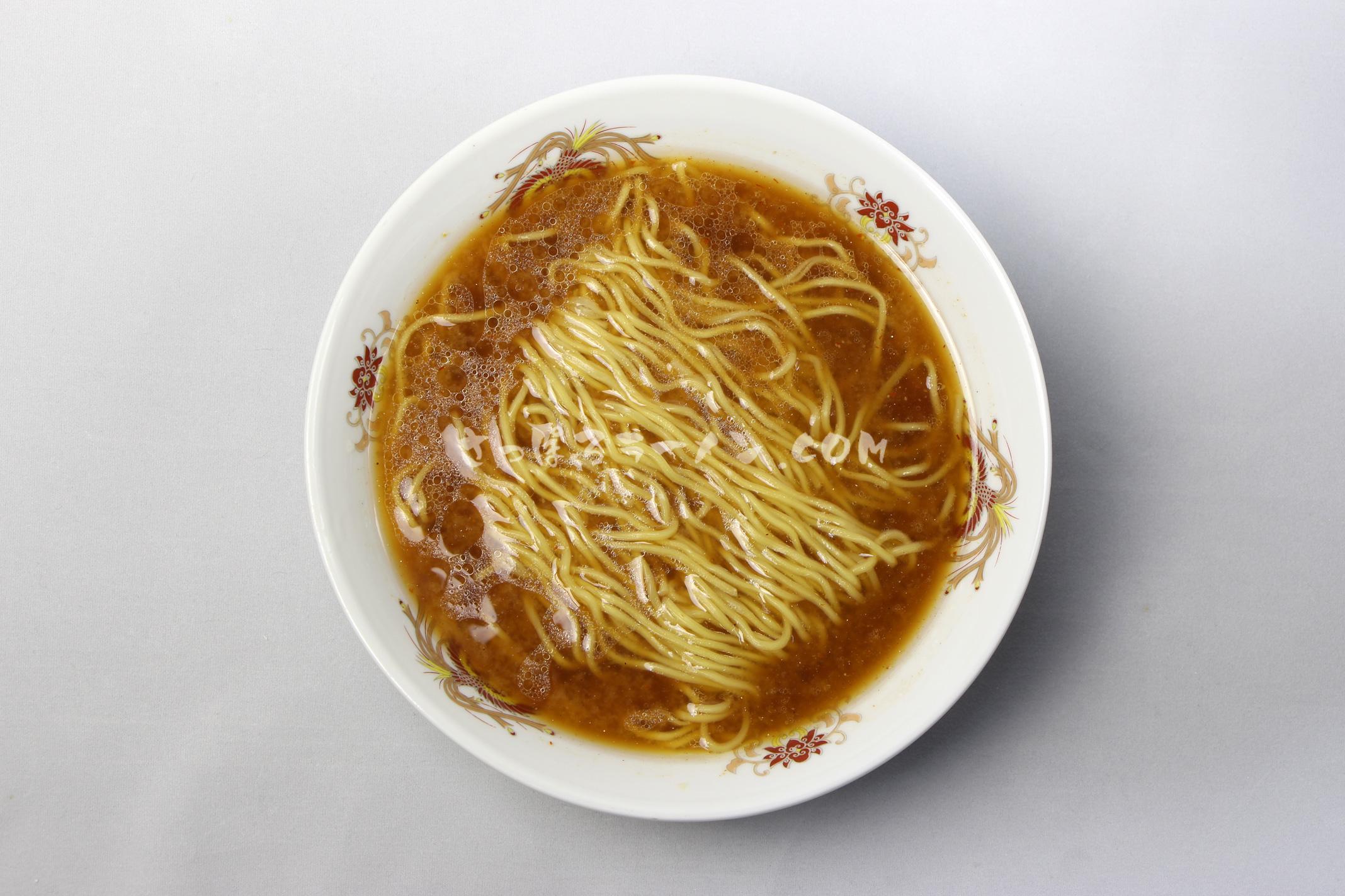 「 旭川らぅめん 青葉 みそ味」(藤原製麺)の完成画像